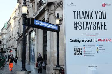 Coronavirus sign in Oxford Street, London
